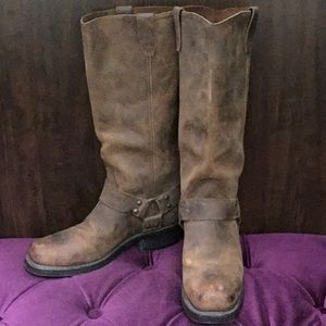 Real & rugged riding boots